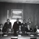 Podpisanie Konwencji ONZ w sprawie Zapobiegania i Karania Zbrodni Ludobójstwa 1948. Rafał Lemkin stoi pierwszy z prawej